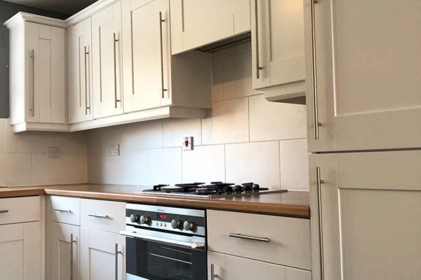 clean look kitchen cupboards, drawers and oven