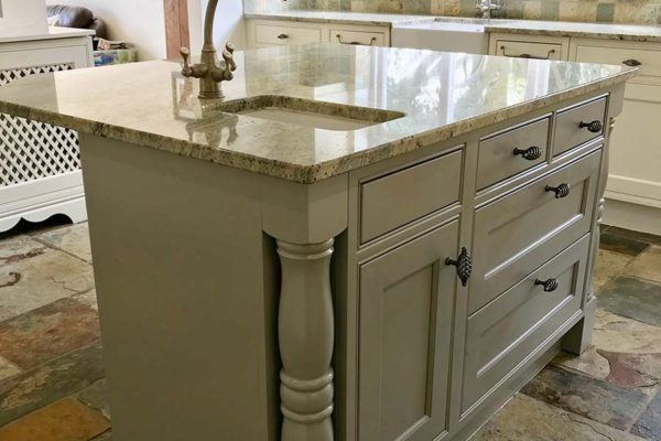 alternative view of resprayed grey kitchen island