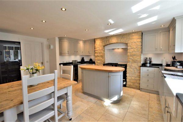 neutral looking kitchen refurbishment