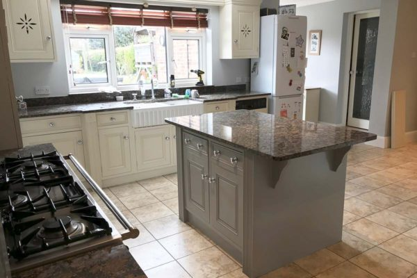 pale grey and white kitchen respray
